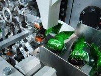 На фабрике «Рошен». Фото с официального сайта компании