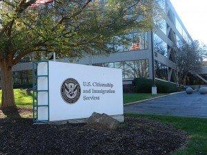 Служба гражданства и иммиграции США. Фото Gulbenk