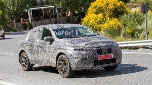 Купеобразный Renault Kaptur. Фото Motor1.com