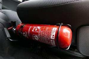 Огнетушитель в авто. Фото Senado Federa