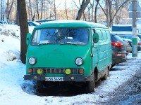 Старый автомобиль в России. Фото Anton Abramov